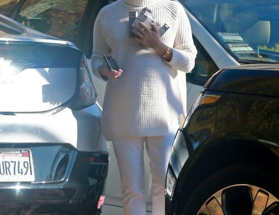 [November 14] Seen running errands in Los Angeles