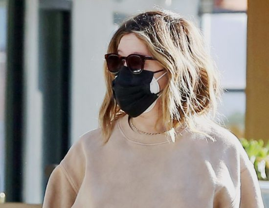 [January 17] Picking up lunch to-go in LA